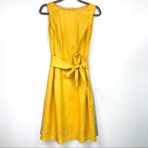 Anne Klein yellow sleeveless sheath dress size 4